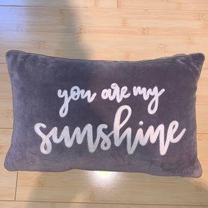 throw pillow 🆕🤍
